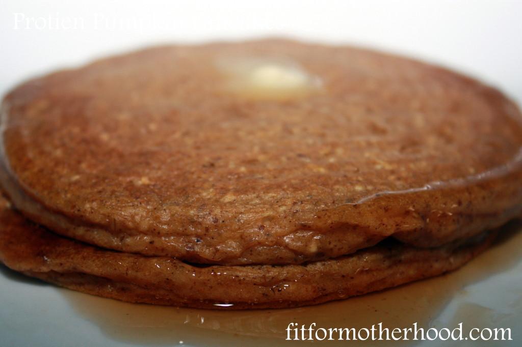 wiaw - pumpkin protein pancakes 1