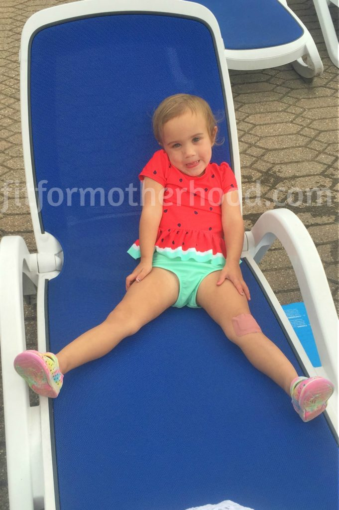 august 2016 mckayla pool chair