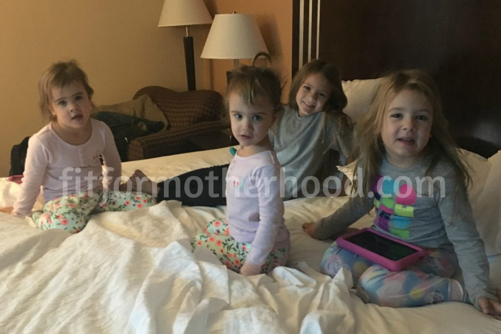 hampton-inn-girls-bed