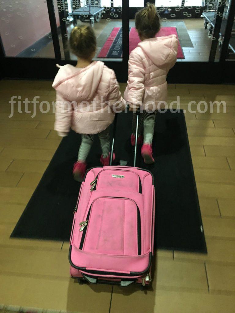 niagara-falls-mckayla-mckenzie-suitcase-2