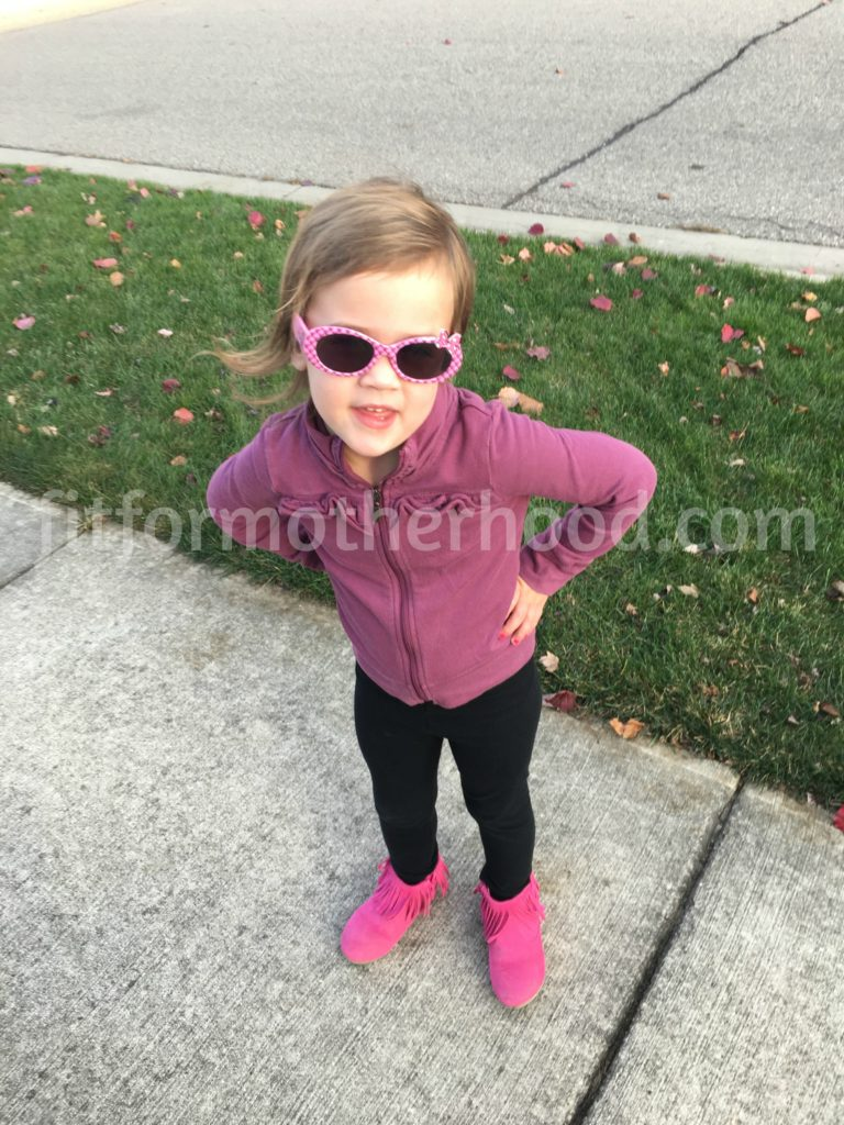 november-2016-mckenzie-sunglasses