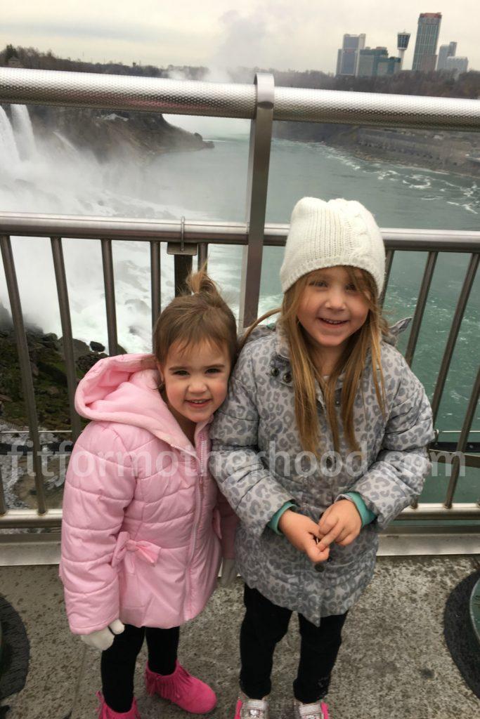 thanksgiving-niagara-falls-isabella-mckenzie-2